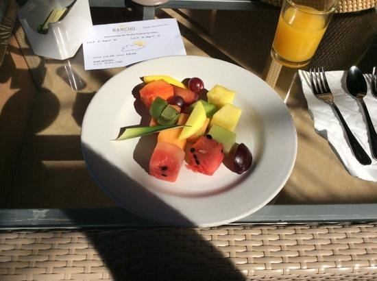 Rancho Pescadero: Fruit plate which is part of the breakfast basket.