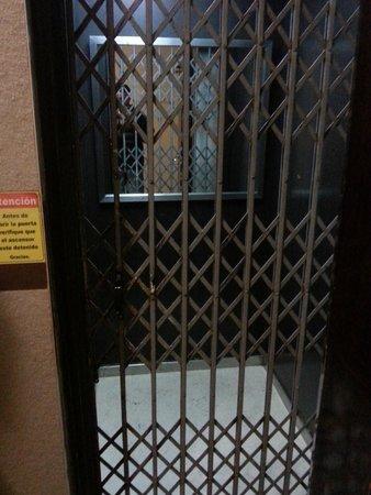 Sol Andino Hotel: foto del ascensor