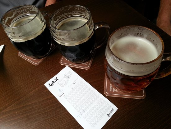 Lokal Inn: Delicious beer from the on-site micro-brewery