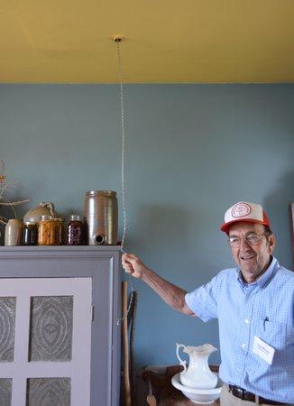 Valley Brethren-Mennonite Heritage Center: Don our tour guide