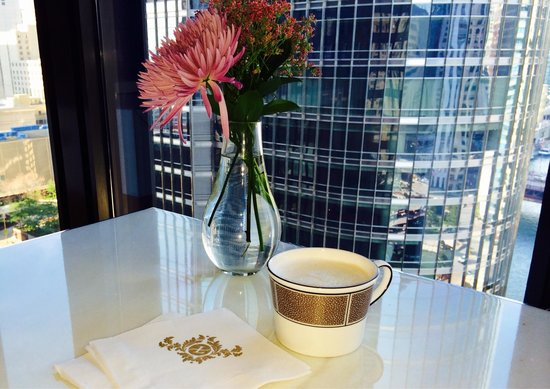 The Langham, Chicago : Coffee at the lounge