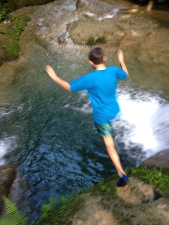 Barrett Adventures: Jumping in the Blue Hole