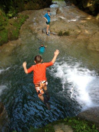 Barrett Adventures: Jumping the falls