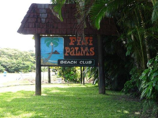 ULTIQA at Fiji Palms Beach Resort : ด้านหน้า ทางเข้า