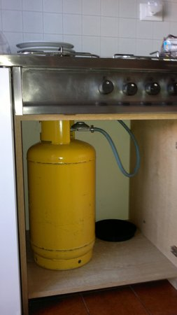 Residence Valbella: Bombola del gas
