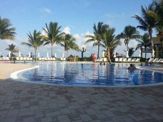 Ocean Coral & Turquesa : Kids Pool Area