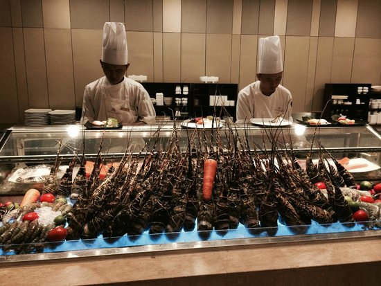 Hotel Nikko Saigon: Cooked to order..eat as many lobster as you like at Buffet.