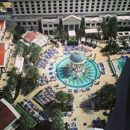 Caesars Palace: View of the amazing pools from our room