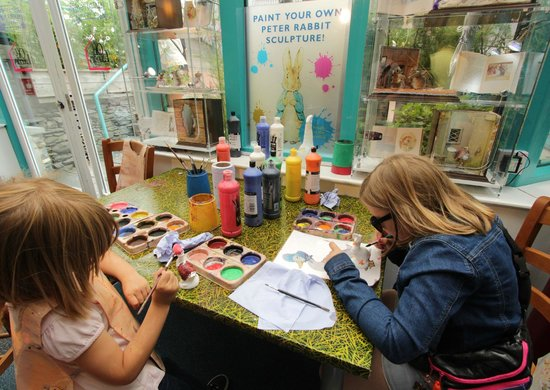 The World of Beatrix Potter: Paint your own character