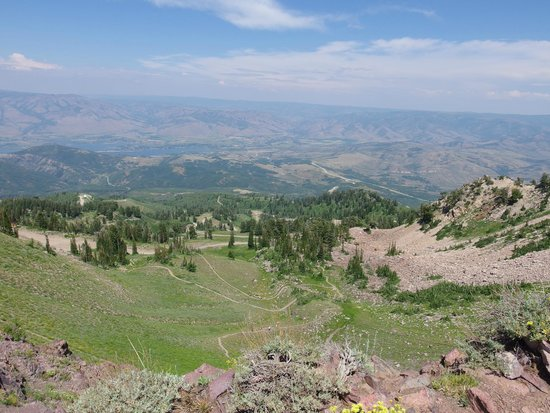 Snowbasin Resort: Expansive view