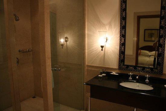 Maidens Hotel : Baño