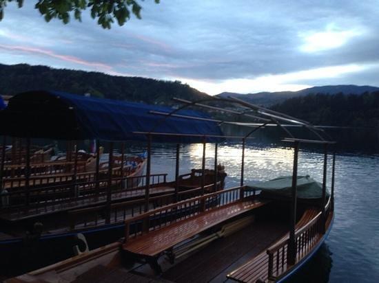 Bledsko Jezero / Pension Mlino