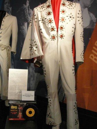 Graceland: White Cape of Elvis
