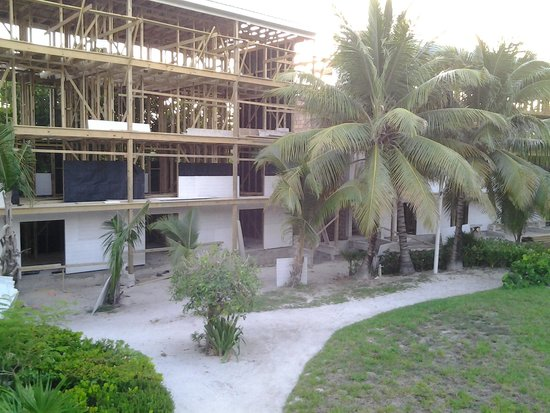 Caribbean Villas Hotel: construction