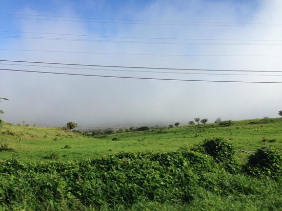 Hana Highway - Road to Hana : above the farms and above the clouds