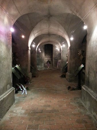 St Cyril and St Methodius Cathedral : Inside the crypt