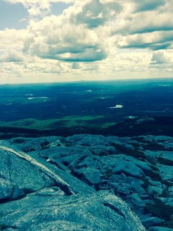 Mount Monadnock State Park: summit