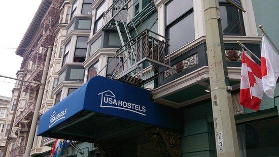 USA Hostels San Francisco: Frente do hostel