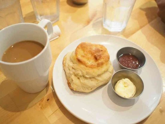 Emma's Country Kitchen : Coffee and biscuit