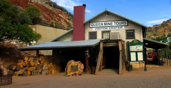 Queen Mine Tours: the main entry