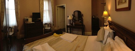 Marmadukes Town House Hotel: Our lovely room, comfortable, quaint, well decorated and so cosy.