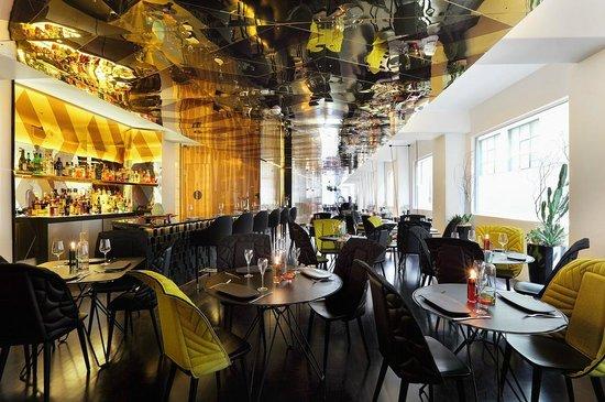 Adelphi Hotel : Om Nom Dessert Bar