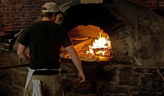 American Flatbread : oven