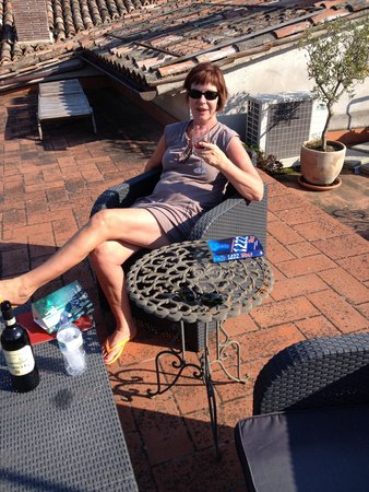 San Lorenzo Tre: On the roof with Brunello di Montalcino