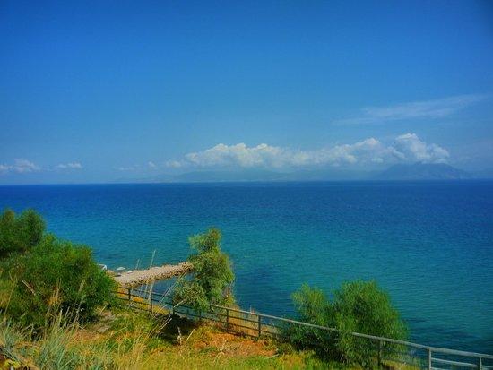 Pavlina Beach Hotel: Otoczenie