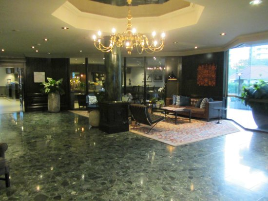 Brisbane Riverview Hotel: Foyer and reception area