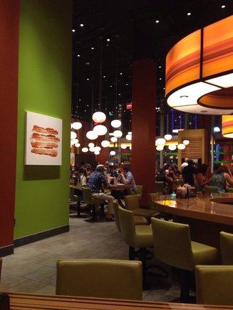 Bobby's Burger Palace: Setting
