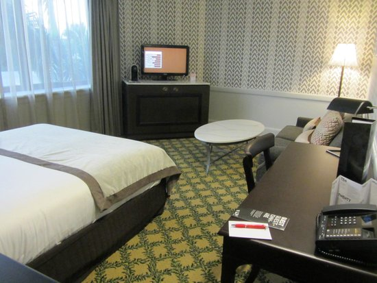 Brisbane Riverview Hotel: Newly decorated room
