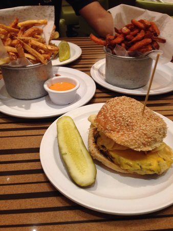 Bobby's Burger Palace: The burger