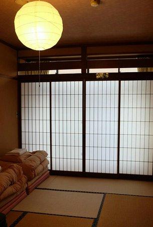 J-Hoppers Hida Takayama Guest House : Double room