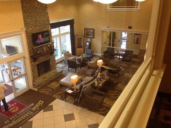 Clarion Inn Dollywood Area : Lobby
