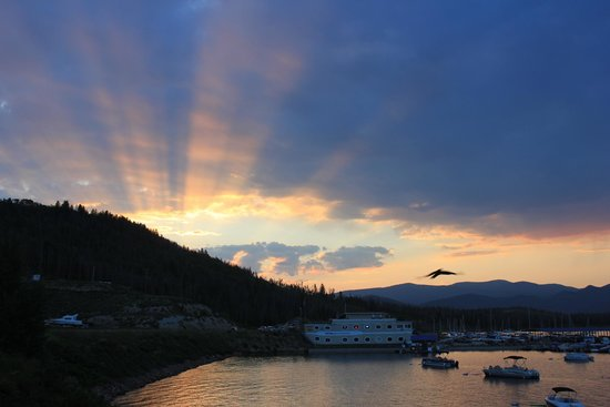 Mustachio's On The Lake: Spiffy sunset as seen from the lakeside deck