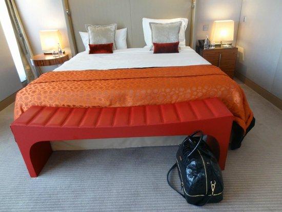 Mandarin Oriental, Paris : Suite bedroom