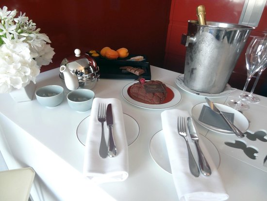 Mandarin Oriental, Paris: Welcome Treat