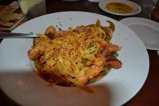 Bertucci's Kitchen & Bar: Jambalaya Fettuccine