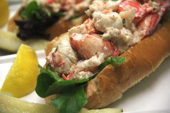 Rock Harbor Grill: Local lobster