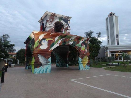 Wish Foz do Iguaçu by GJP : Área  de circulação