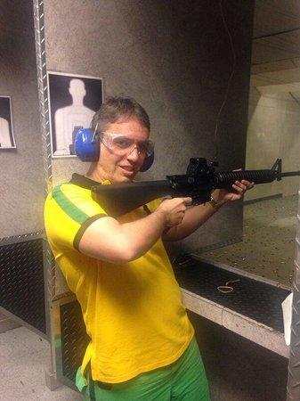 The Gun Store: Muito bom