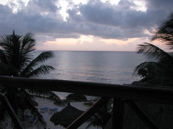 TulumBay Hotel: Sunrise in Tulum