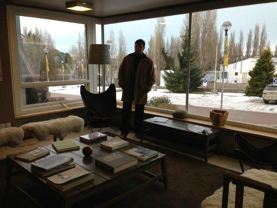 Hotel A.C.A.: Recepção e sala de estar