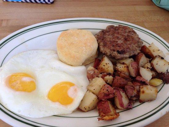 Firehouse Grill: Two egg breakfast