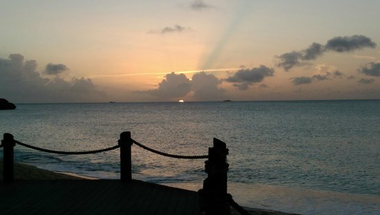 Galley Bay Resort: Beautiful sunsets!