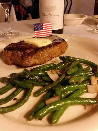 Ted's Montana Grill : Amazing bison ny strip