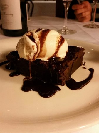 Ted's Montana Grill : Fudge brownie