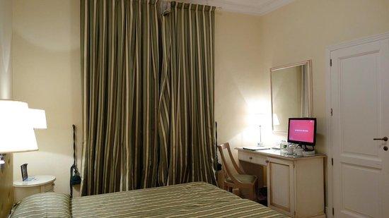 Hotel dei Macchiaioli : bedroom