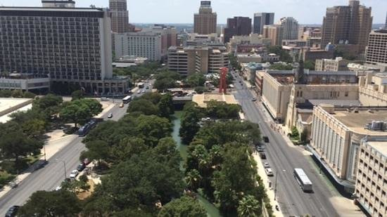 San Antonio Marriott Riverwalk: View from our balcony